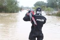 ALP ARSLAN - Selde kaybolan askerin cansız bedeni bulundu