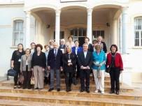 KUŞADASI BELEDİYESİ - Türk Kadınlar Konseyi Derneği Üyelerinden Başkan Kayalı'ya Ziyaret