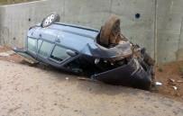 SAĞLIKÇI - Yoldan Çıkan Otomobil Takla Attı Açıklaması 4 Yaralı