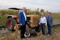 ALI ÖZKAN - 67 Yıllık Antika Traktörle Tarlasını Sürüyor