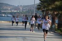 BAYRAM YıLMAZ - Aliağa'da Gençler Cumhuriyet İçin Koştu