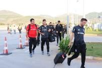 TAKIM OTOBÜSÜ - Beşiktaş Kafilesi Alanya'da