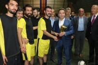 KUPA TÖRENİ - Bingöl'de 'Haydi Gençler Futbola' Projesi