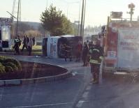 YOLCU MİNİBÜSÜ - Denizli'de Midibüs İle Yolcu Minibüsü Çarpıştı Açıklaması 6 Yaralı