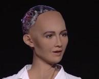 ANDREW - Dünyanın İlk Robot Vatandaşı Açıklaması Sophia