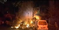 İTFAİYE ARACI - İş Yerinde Çıkan Yangın 4 Katlı Binayı Kullanılamaz Hale Getirdi