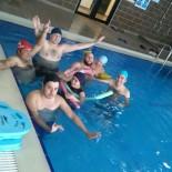 YÜZME KURSU - İzmit Belediyesi'nden Engelliler İçin Yüzme Kursu