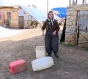 DAYAK - Köye Su Geldi, İnsaf Teyze Dayaktan Kurtuldu