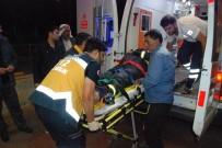 İTFAİYE ERİ - Otomobilin Çarptığı İtfaiye Eri Yaralandı