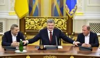 KıRıM - Poroşenko, Kırım Tatar Milli Meclisi Başkan Yardımcılarına Devlet Nişanı Verdi