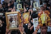 BANGKOK - Tayland Halkı Kralları İçin Gözyaşı Döküyor