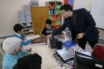 CEMİL MERİÇ - Türkiye Diyanet Vakfından Görme Engelli Öğrencilere Kuran-I Kerim Hediyesi