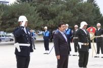 ERZİNCAN VALİSİ - Cumhuriyetin 94'Üncü Kuruluş Yıldönümünde Erzincan Da Ki Atatürk Anıtına Çelenk Sunuldu