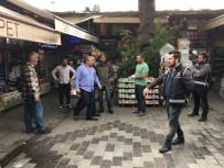 EVCİL HAYVAN - Eminönü'nde Petshoplara Şok Baskın