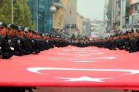 KARABÜK ÜNİVERSİTESİ - Karabük'te Cumhuriyet Yürüyüşü
