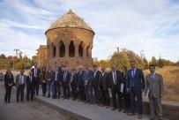 ADNAN DEMIR - Kültür Varlıkları Ve Müzeler Genel Müdürü Yalçın Kurt'un Ahlat Ziyareti