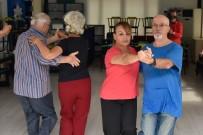 HÜLYA AVŞAR - Muratpaşa'nın Efsane Dansçıları Yetenek Sizsiniz'e Katıldı