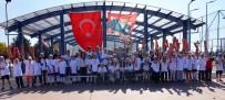 BAYRAK YARIŞI - Spor Parkı, Spor Müsabakalarına Ev Sahipliği Yaptı