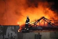 KÖY MUHTARI - Tandır Ateşi 3 Evi Yaktı