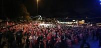 BEŞIKTAŞ BELEDIYESI - Beşiktaş'ta 29 Ekim Cumhuriyet Bayramı Fener Alayı İle Kutlandı
