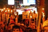 GAZI BULVARı - Çanakkale'de 3 Bin Kişiyle Fener Alayı