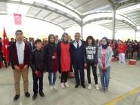 DEREKÖY - Hisarcık Belediyesinden Fen Lisesini Kazanan Öğrencilere Ödül