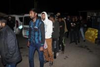 KİMLİK TESPİTİ - Kaçak Göçmen Taşıyan Otobüse El Konuldu