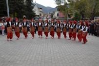 FOLKLOR GÖSTERİSİ - Reşadiye'de Cumhuriyet Bayramı Coşkuyla Kutlandı