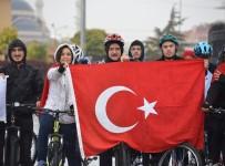 BAYRAM HAVASI - Selçuk Üniversitesi'nde 29 Ekim Cumhuriyet Bayramı Bisiklet Turu