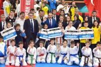 NURULLAH CAHAN - Uşak'ta '29 Ekim Ulusal Karate Turnuvası'