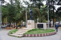 Erbaa Cumhuriyet Meydanı'ndaki Atatürk Anıtı Yenilenecek