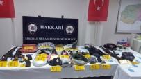 EL BOMBASI - Hakkari'de Silah Ve Mühimmat Ele Geçirildi