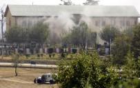 POLİS MÜDÜRÜ - Keşmir'de Silahlı Saldırı Açıklaması 1 Ölü
