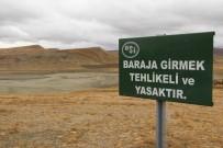 KÖY MEZARLIĞI - Kuraklık Barajı Kuruttu