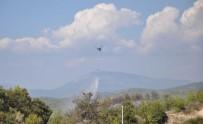 YANGIN HELİKOPTERİ - Manavgat'ta 2 Ayrı Orman Yangını