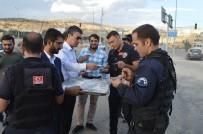 TÜGVA Üyeleri Şırnak'ta Aşure Dağıttı