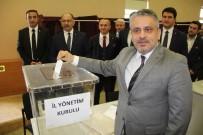 MUSTAFA ATAŞ - AK Parti Bursa'da Belediye Başkanlığı İçin Temayül Yoklamasına Gitti
