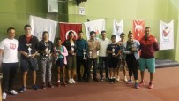 HÜSEYIN AYAZ - Akdenizli Tenisçiler Cumhuriyet Turnuvası'ndan 5 Kupa İle Döndü