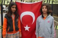 Bayrağı Öperken Görüntülenen Çocuklar, İHA'ya Konuştu