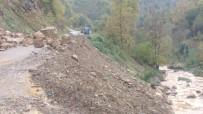 GÜMELI - Gümeli'de Heyelan Nedeniyle Yol Trafiğe Kapatıldı