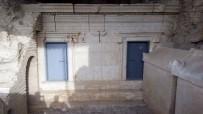 KAMERA SİSTEMİ - Perge Antik Kentindeki Anıt Mezarlara Zarar Verildiği İddiası