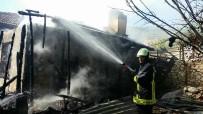BELEVI - Yaşlı Kadının Evi Yangın Nedeniyle Kullanılamaz Hale Geldi