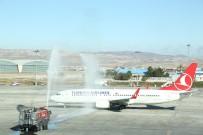 NURETTIN ÖZDEBIR - Ankara'dan Yurt Dışına Açılan Yeni Hatların İlk Uçuşu Başladı