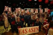 OYUNCAK KÜTÜPHANESİ - Atatürk Çocuklarından Coşkulu Cumhuriyet Bayramı Kutlaması