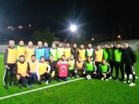 CUMHURIYET BAYRAMı - Cumhuriyet Kupası Dostluk Kupası Maçı Berabere Bitti