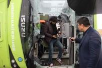 Diyarbakır'da Yolcu Otobüsü Devrildi Açıklaması 23 Yaralı