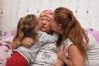 KANSERLE MÜCADELE - Kansere Yakalanan Annenin Feryadı Açıklaması Yaşamak İstiyorum