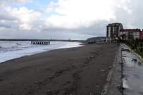 FILYOS - Sahile Yapılan Bina Vatandaşı İkiye Böldü