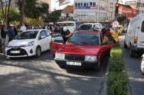GAZI BULVARı - Sıkışan Trafikte Uyuyakaldı