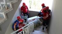İTFAİYE MERDİVENİ - Devlet Hastanesinde Nefes Kesen Tatbikat